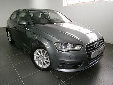 AUDI A3 1.4 122 cv TFSI Attraction 3p Manual